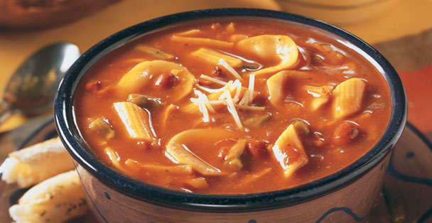 An Italian pasta fagioli soup dry mix that is made by adding water.