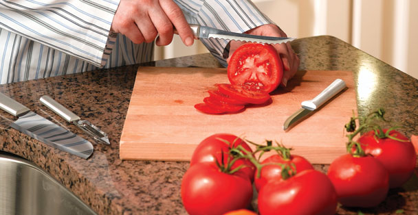The Rada Cutlery tomato slicer knife has a dual serrated blade that ensures a straight cut every time.