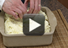 A video recipe on how to make baked mashed potatoes.