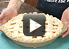 A video recipe on how to make homemade peach pie.