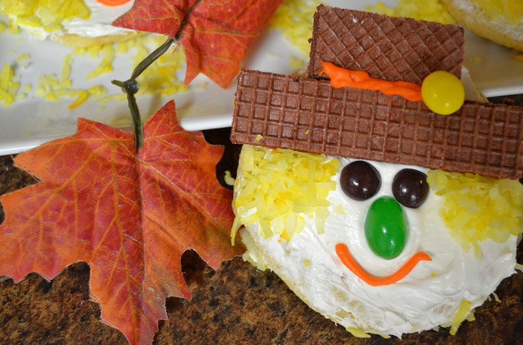 Scarecrow Cookie Treats | Fall Food Idea