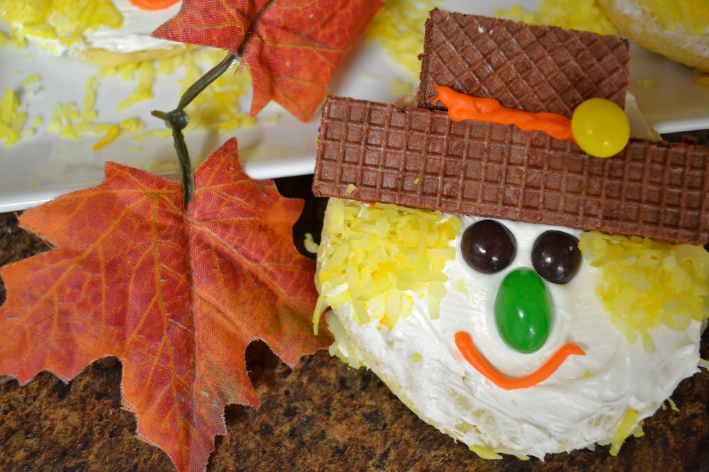 A fun scarecrow cookie made with Rada Cutlery products.