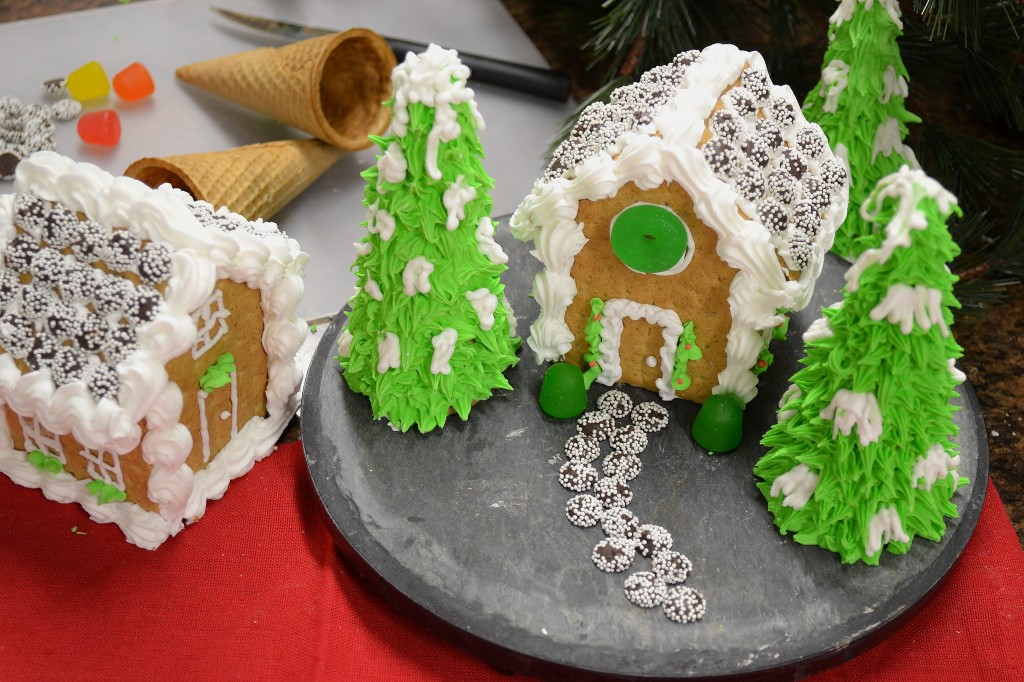 A pretty gingerbread house made with Rada Cutlery products.