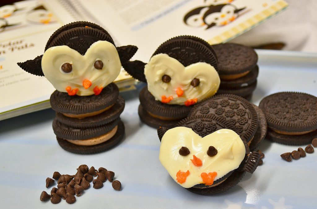Penguin Cookies | Christmas Treats Recipe