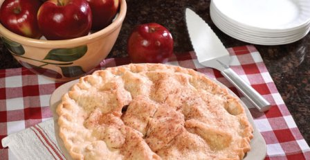 Homemade Pie Crust Recipe | Baking with Stoneware