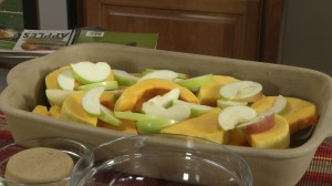 Place apples over the squash