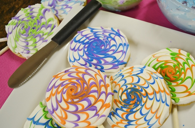 Spin Art Sugar Cookies Recipe | How to Decorate Sugar Cookies