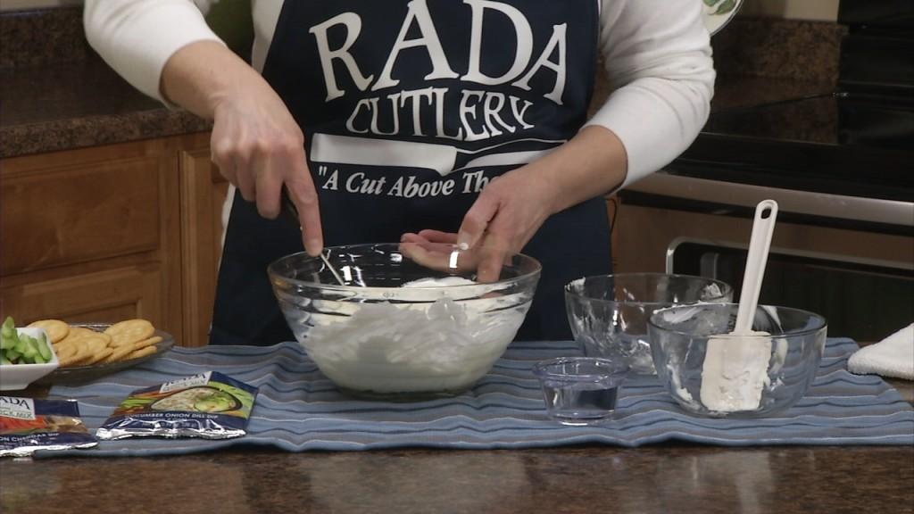 Vegetable Cracker Dip | Easy Dip Recipes