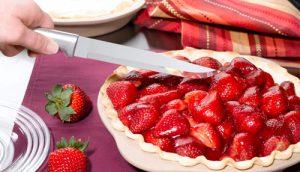 A strawberry pie with a Rada Slicer.