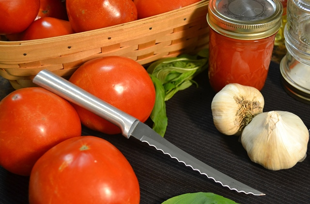 Basic Freezer Tomato Sauce with Rada's Tomato Slicer