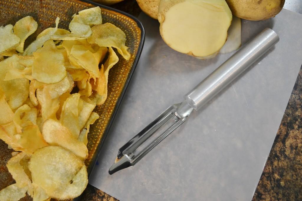 The Rada Vegetable Peeler and some homemade potato chips.