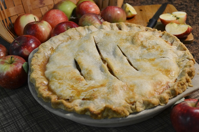 Classic Apple Pie Recipe | How to Freeze & Prepare Apple Pie