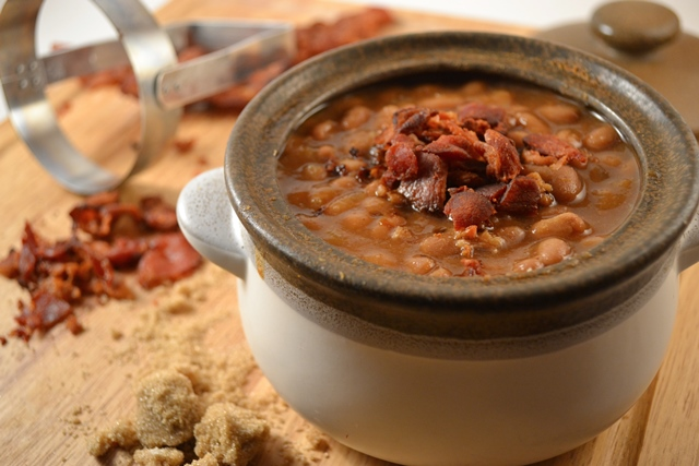 Brown Sugar Baked Beans with Bacon | Easy Baked Beans Recipe