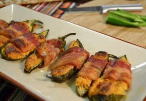 Stuffed Jalapenos con Queso with bacon