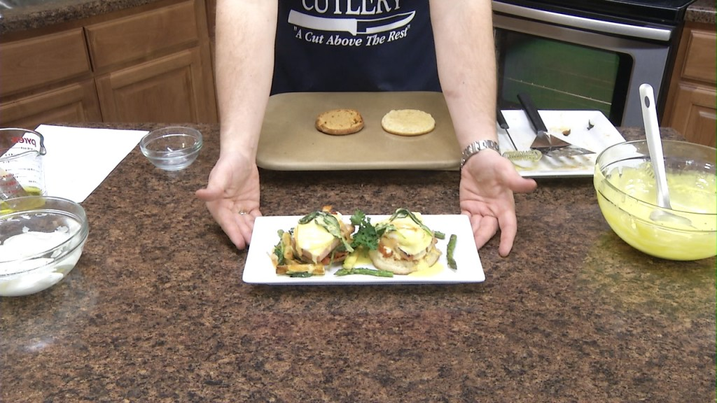 How to Make Eggs Benedict | Poaching Eggs