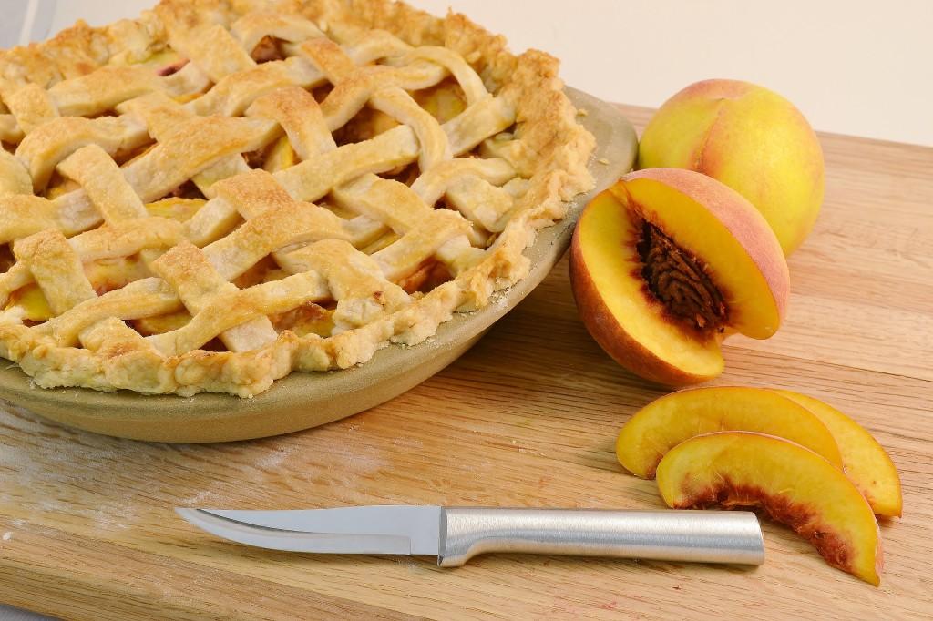 A delicious homemade peach pie with the Rada Granny Paring.