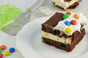 A Giant Brownie Ice Cream Sandwich with Rada Serrated Pie Server