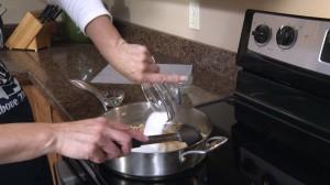 Adding sugar to nuts