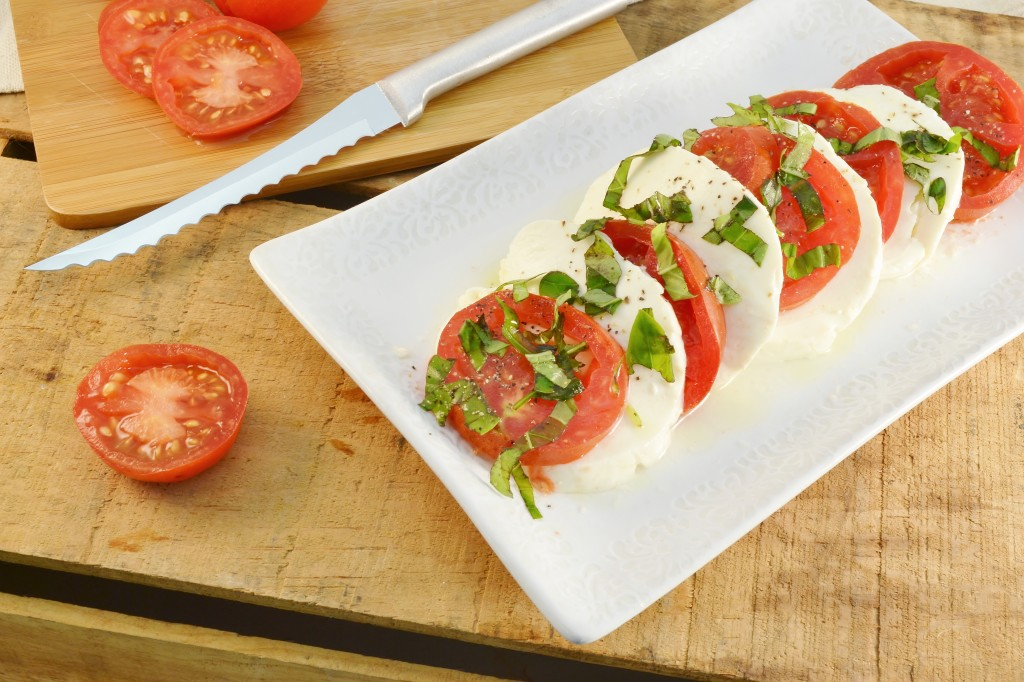 A gorgeous tomato mozzarella salad with a Rada Tomato Slicer.