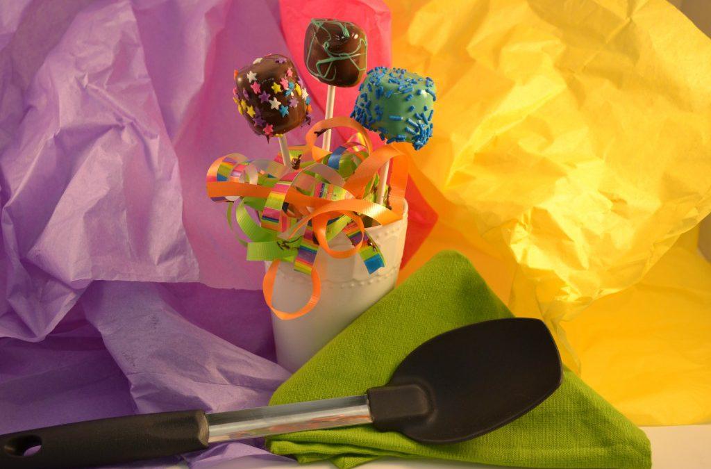 Marshmallow Pops Treats | Edible Christmas Ornaments Recipe