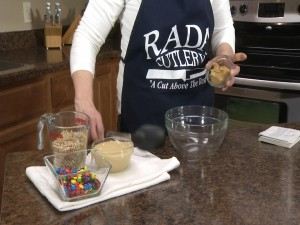 Kristy prepares to add peanut butter.