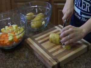 Jess chops vegetables with her Rada Super Parer.