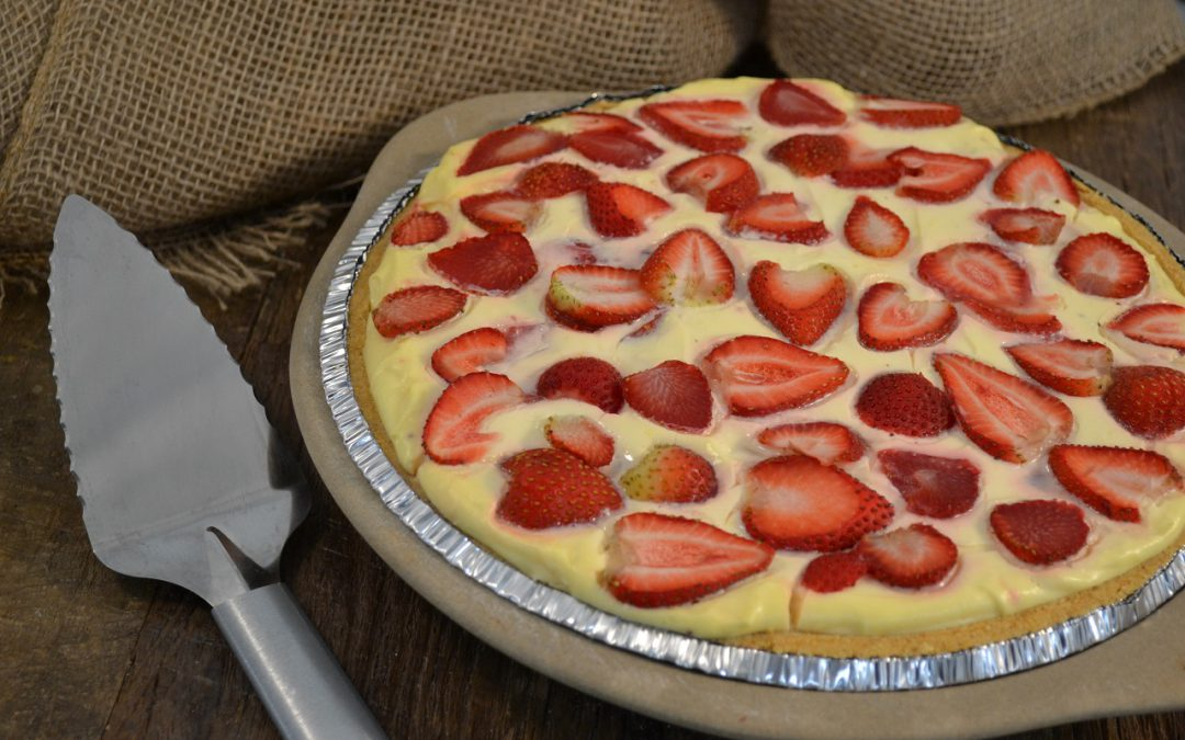 Strawberry Lemonade Pie Recipe | Creamy Strawberry Lemon Pie