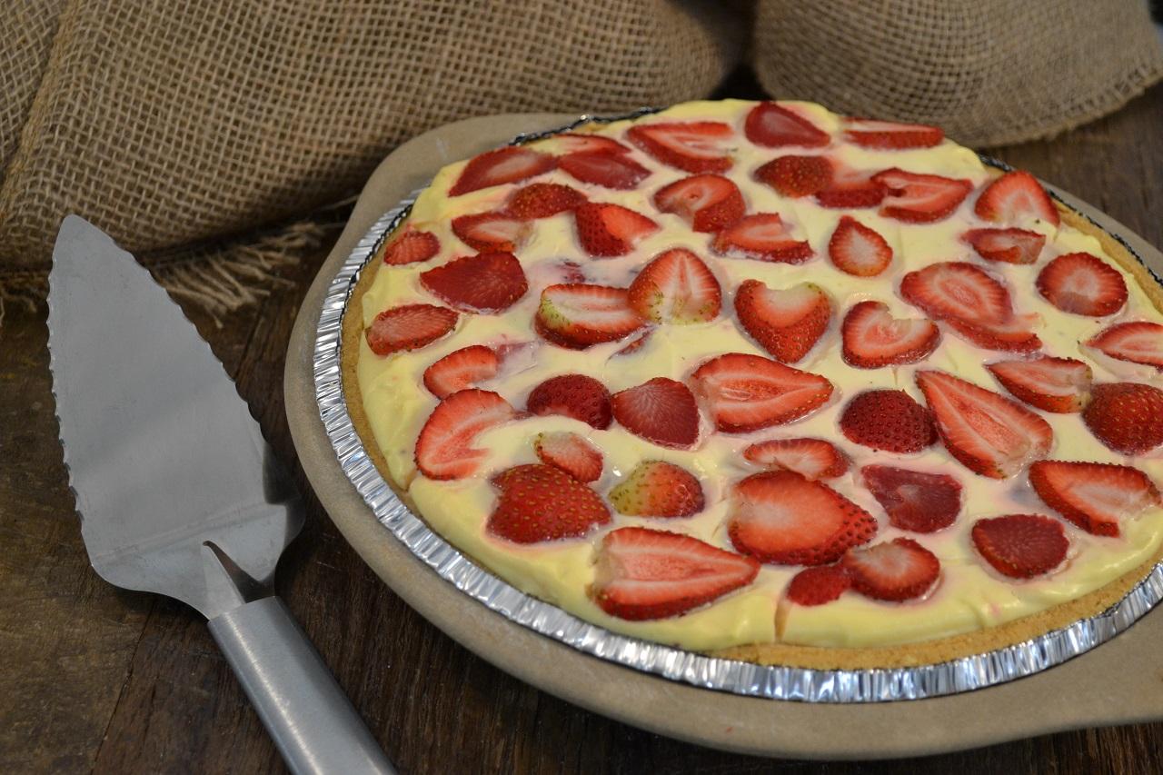 A delicious strawberry lemonade pie.